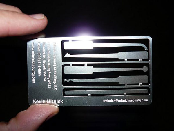 Top 10 awesome business card ideas for creatives and technologists yes colourmoves